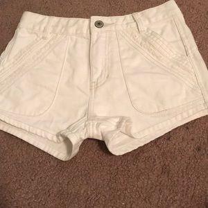 NWOT Free People White denim shorts